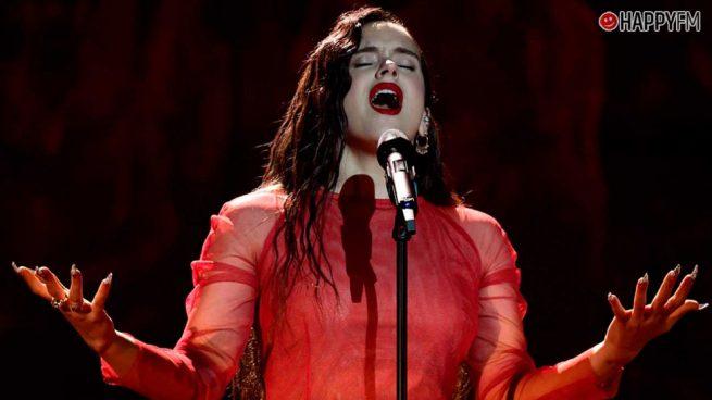 """Rosalía en el punto de mira: Un experto musical niega que sea """"un mito internacional"""""""