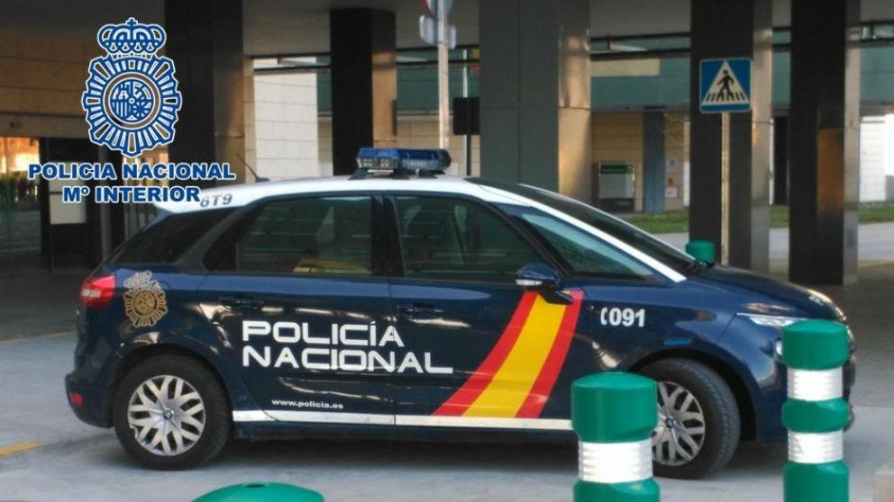 Coche de la Policía acional
