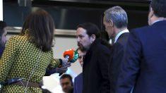 Pablo Iglesias, llegando al debate de Atresmedia.
