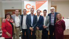 Junta Directiva de Ciudadanos Marbella. En el centro, Francisco Gómez, el coordinador. Foto. C's.