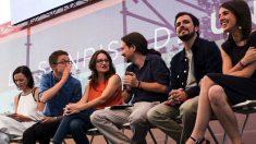 Carolina Bescansa, Íñigo Errejón, Mónica Oltra, Pablo Iglesias, Alberto Garzón e Irene Montero. (Foto. Podemos)