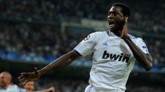 Adebayor celebra un gol en el Bernabéu. (Getty)