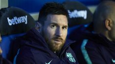 Messi, en el banquillo en un partido del Barcelona. (Getty)
