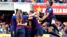 Las jugadoras del Barcelona celebran el gol de Mariona Caldentey. (EFE)