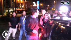 Iglesias huye de su sede tras saludar a los taxistas radicales y sin la tradicional visita a la militancia.