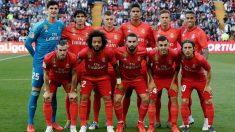 Los jugadores del Real Madrid, antes del partido contra el Rayo.