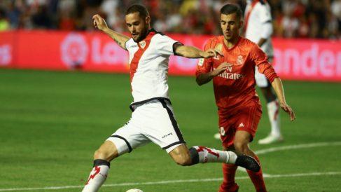 Mario Suárez con Dani Ceballos (EFE)
