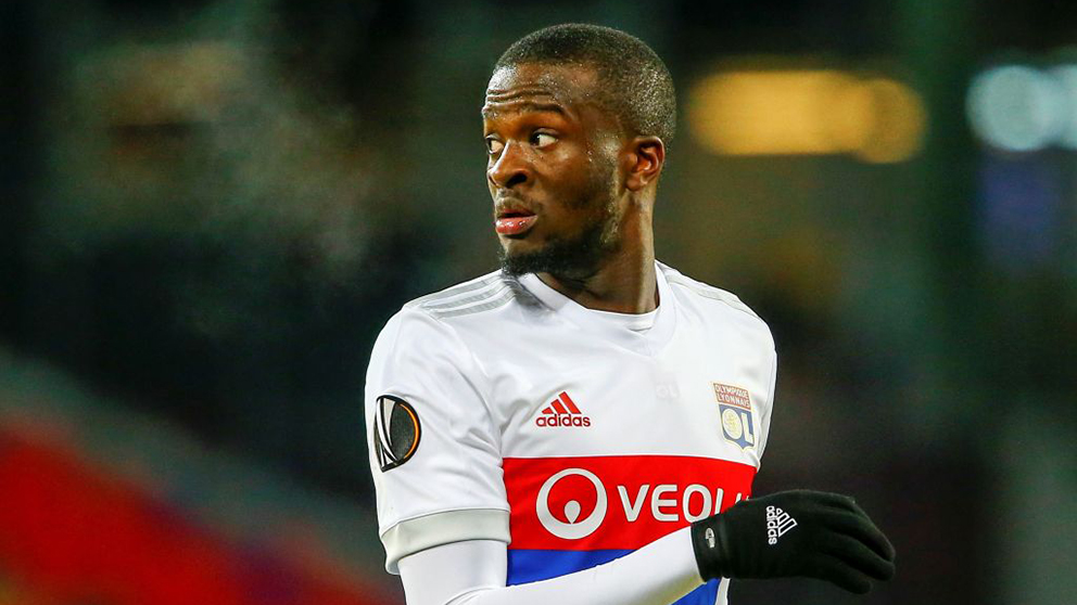 NDombele, durante un partido con el Olympique de Lyon. (Getty)