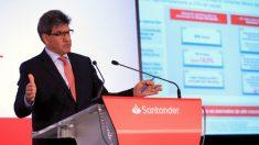 José Antonio Álvarez, CEO de Banco Santander, este martes en la sede de la empresa en Boadilla del Monte (Madrid)
