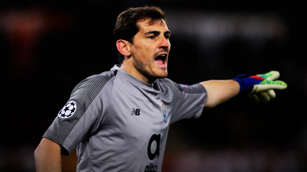 Casillas, durante un partido con el Oporto. (Getty)
