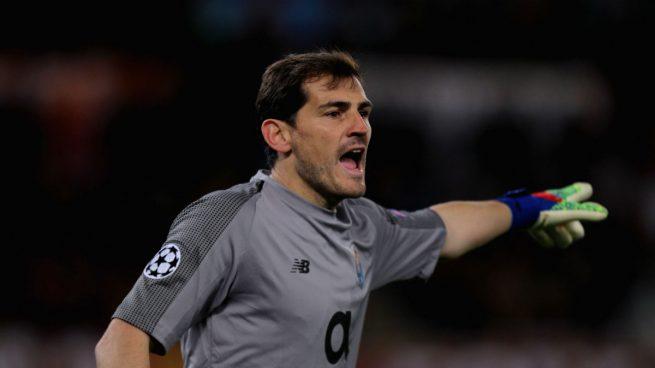 El enigmático mensaje de Iker Casillas: «4-4-2»