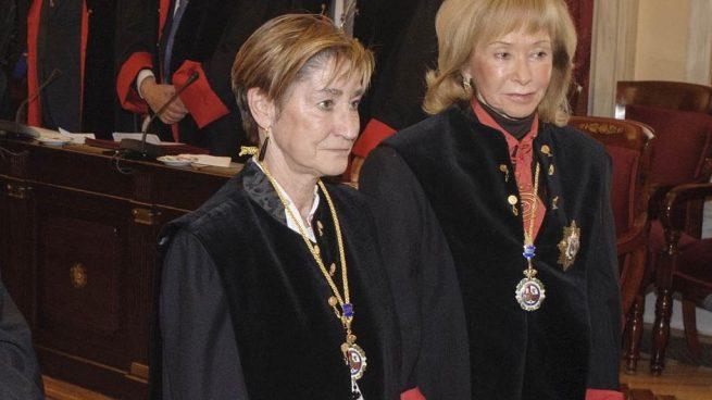 Victoria Ortega Benito, presidenta de la Abogacía, junto a la ex vicepresidenta del Gobierno Fernández de la Vega