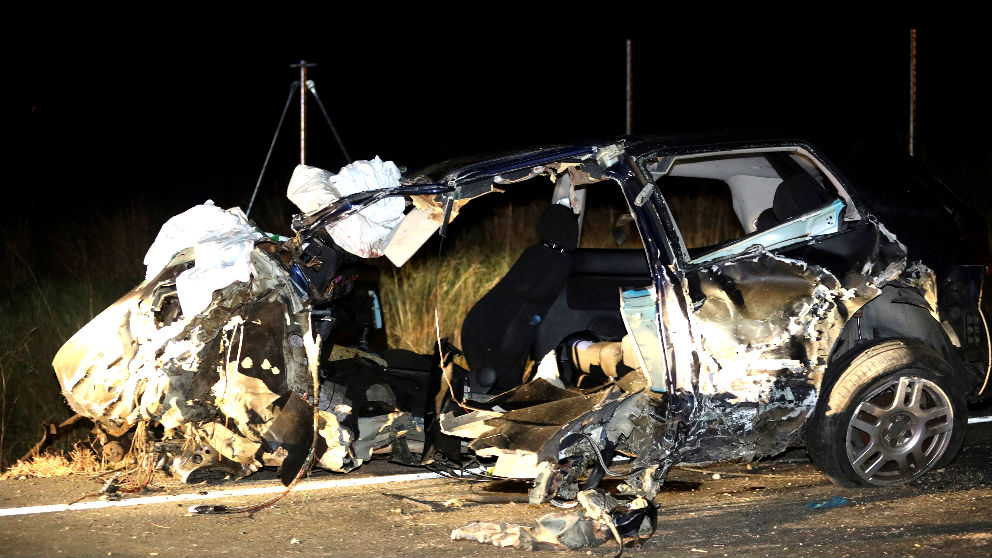 Imagen de un reciente accidente en una carretera de Salamanca (Foto: EFE).