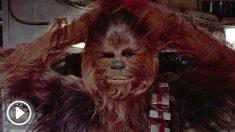Peter Mayhew dio vida al personaje de Star Wars Chewbacca