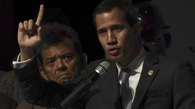 Guaidó denuncia la detención y desaparición de cinco militares y dos policías por el régimen de Maduro