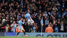 Kompany dio la victoria al City contra el Leicester. (Getty)