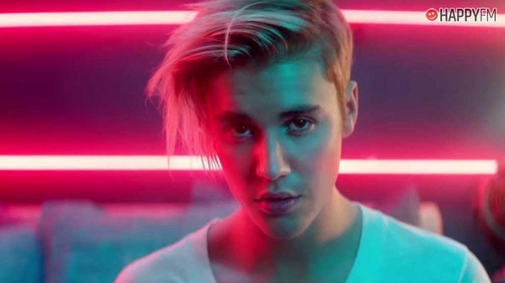Justin Bieber defiende a Chris Brown