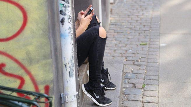localizar amigos en tiempo real con WhatsApp
