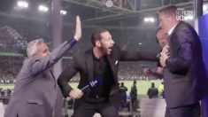 Así celebraron Lineker y Ferdinand el gol de Moura en el 95′.