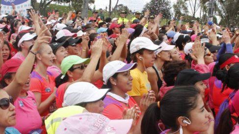 Descubre por qué la carrera de la Mujer 2019 llena de rosa el centro de Madrid