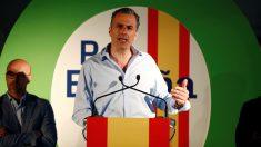 Javier Ortega Smith, durante el acto de apertura de campaña celebrado este jueves en Paracuellos del Jarama (Foto: EFE).