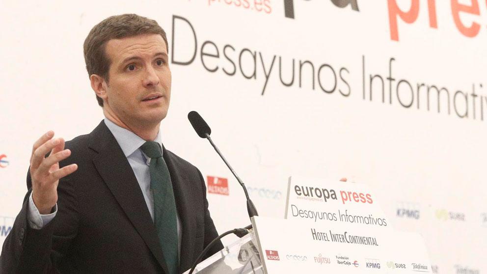Pablo Casado durante la presentación de la conferencia de la candidata del PP al Parlamento Europeo, Dolors Montserrat, organizada por el Forum Europa. Foto:EP