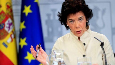 La ministra portavoz Isabel Celaá, durante la rueda de prensa tras el Consejo de ministros