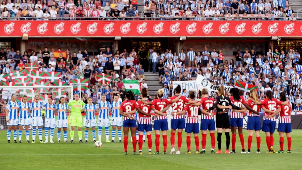 Lamentables insultos en el minuto de silencio en honor a Alfredo Pérez Rubalcaba. (EFE)