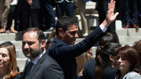 Pedro Sánchez en el velatorio de Pérez Rubalcaba. Foto: EFE