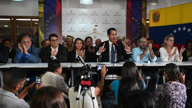 Guaidó denuncia que efectivos de Maduro han tomado «por la fuerza» el Parlamento venezolano