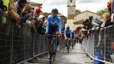 Mikel Landa, antes de una etapa. (AFP)