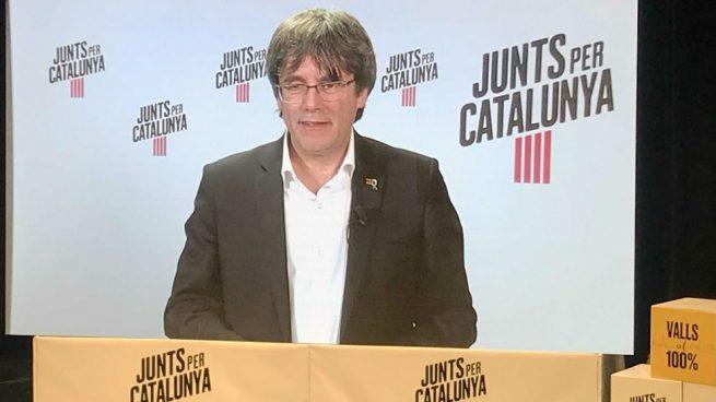 Puigdemont se querella contra dos miembros de la Junta Electoral por excluirle de las europeas