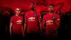 El Manchester United presenta su nueva equipación con Pogba como protagonista. (Manchester United)