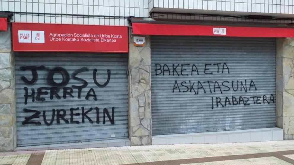 Pintadas de apoyo a Josu Ternera. @ EP
