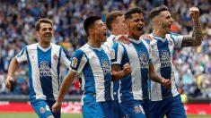 Los jugadores del Espanyol celebran un gol en la victoria frente a la Real Sociedad. (EFE)