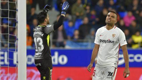 Gabriel Mercado en un partido ante el Huesca (AFP)
