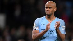 Vincent Kompany durante su despedida del Manchester City. (Getty)