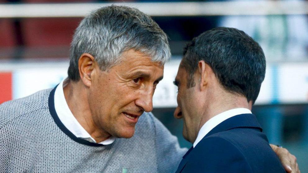 Quique Setién y Ernesto Valverde se saludan (EFE)
