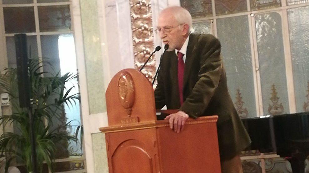 Antonio Escohotado recibe el premio Juan de Mariana (Foto: Mario Moratalla)
