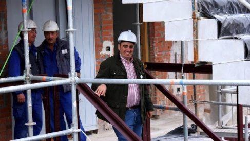 El candidato del PSOE de San Fernando de Henares, Javier Corpa.