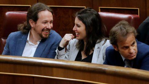 El secretario general de Podemos, Pablo Iglesias, y la número dos de la formación morada, Irene Montero. Foto: EFE