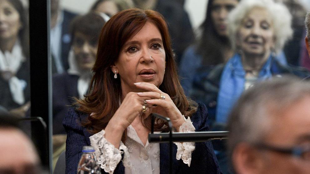 Fernández de Kirchner durante su juicio por corrupción (Foto: AFP)