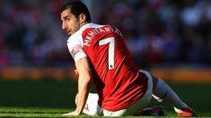 Mkhitaryan durante un partido con el Arsenal. (Getty)