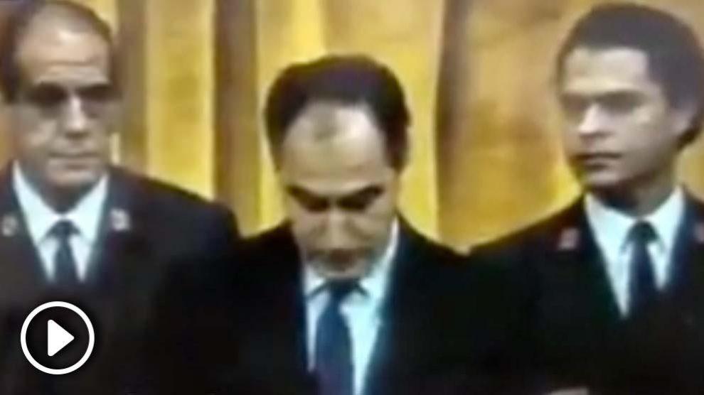 Félix Pons, presidente del Congreso en 1989 del PSOE, en el momento en el que expulsa a los diputados de Herri Batasuna. @Twitter
