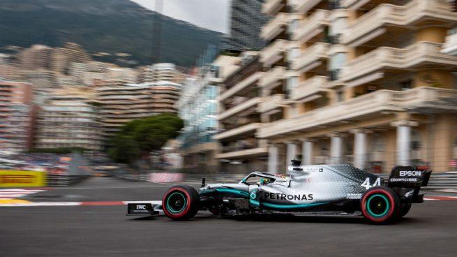 Hamilton y Bottas vuelan en los libres del GP de Mónaco