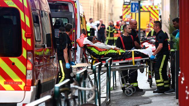 Francia busca a un sospechoso no identificado por el atentado de Lyon