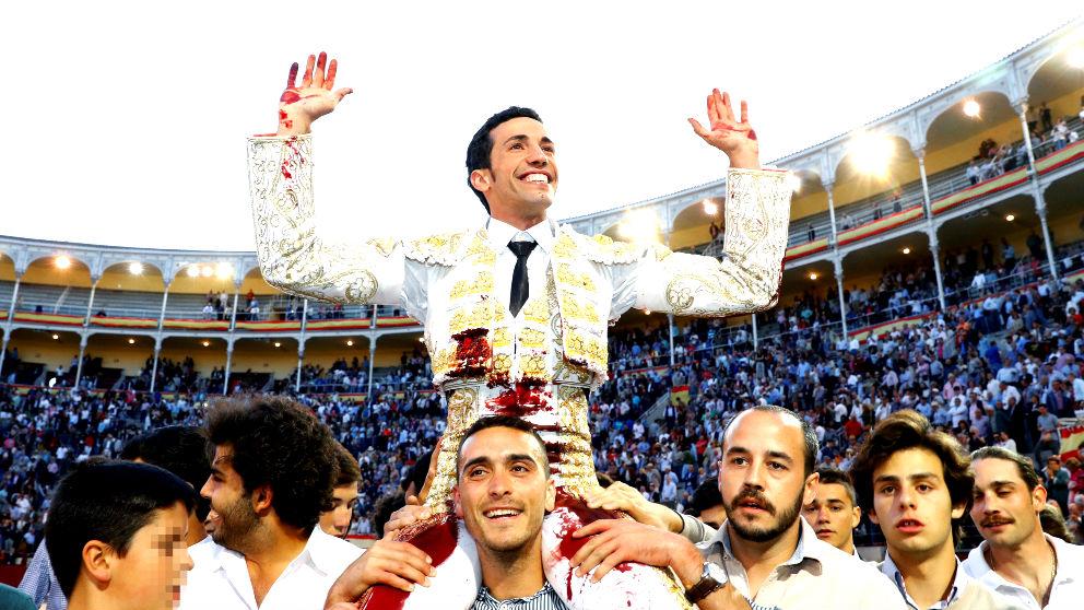 David de Miranda sale a hombros este viernes en Las Ventas (Foto: EFE).