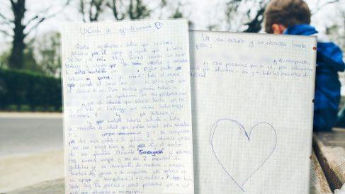 Montaje de la carta de agradecimiento del niño con Asperger.