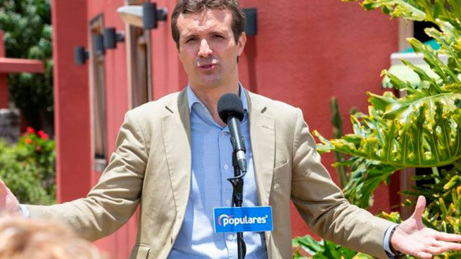 pablo-casado-partido-popular-meritxell-batet-golpistas-supension-supremo