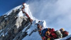 Las terribles aglomeraciones que vive el Everest estos días.